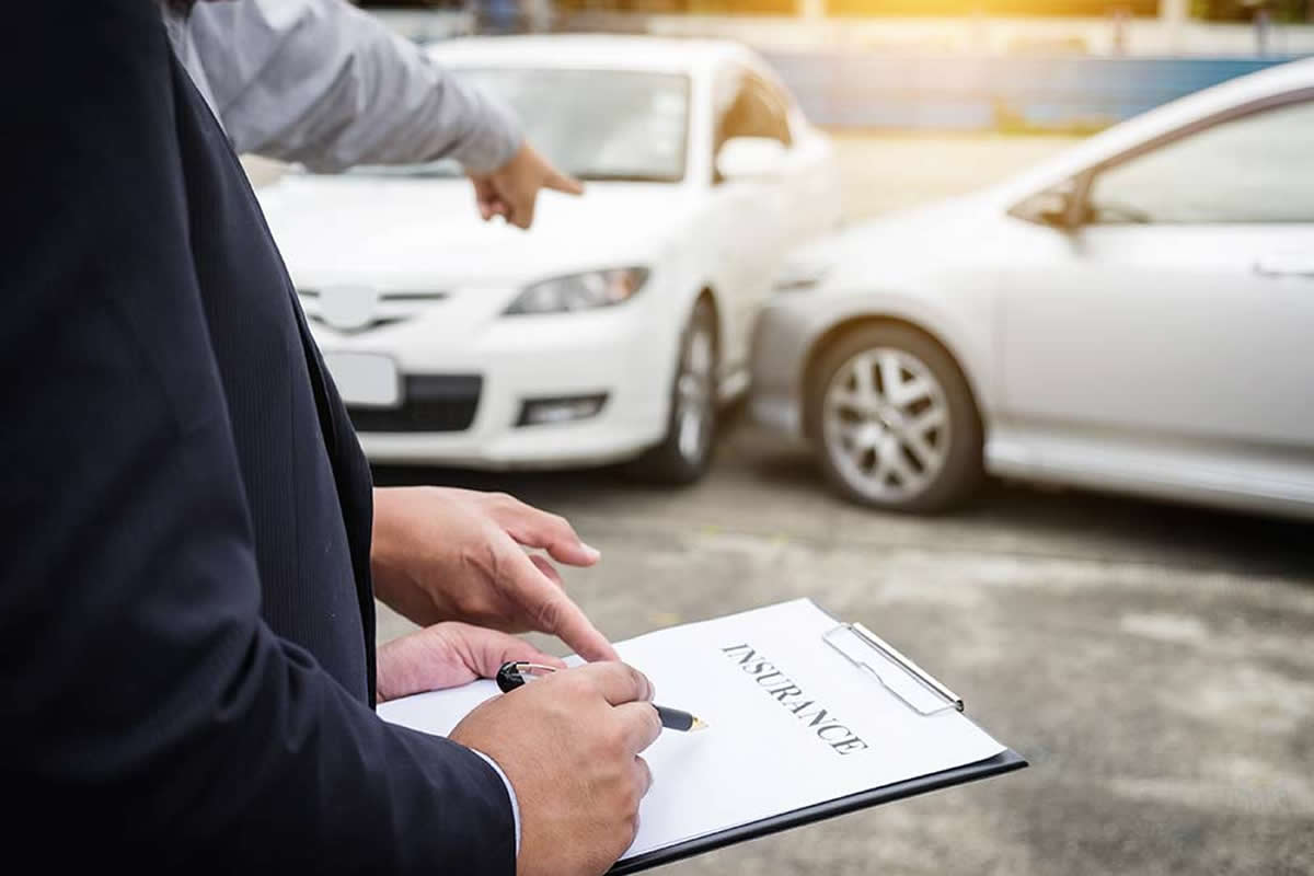 Five Tips for Working with an Insurance Adjuster
